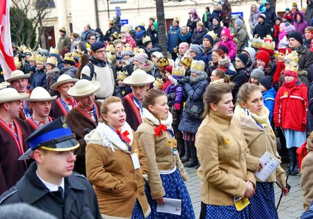 Photo pour Warsaw - January 2013: Costumed procession. Epiphany or Three Kings Day in Poland. - image libre de droit