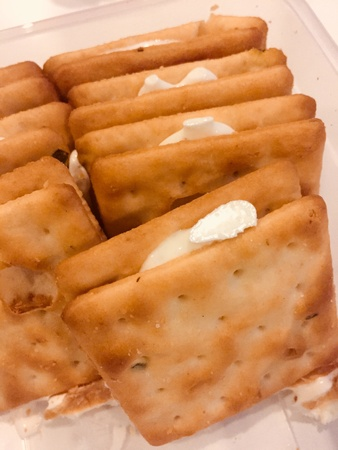 Biscuit filled with cream cheese for snacking