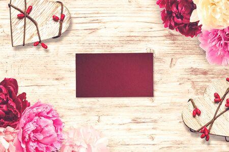 Photo pour St. Valentine Day scene. Ideal for valentine text, proposal and wedding invitation - image libre de droit
