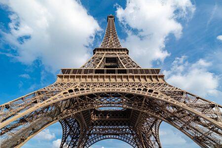 Photo pour View up the Tour Eiffel from right in front of it. - image libre de droit