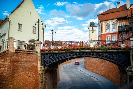 Photo pour The bridge of Lies in Sibiu city, Romania - image libre de droit