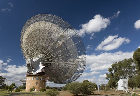 The historical satellite dish which actively took part in the 1969 first landing of man in the moon