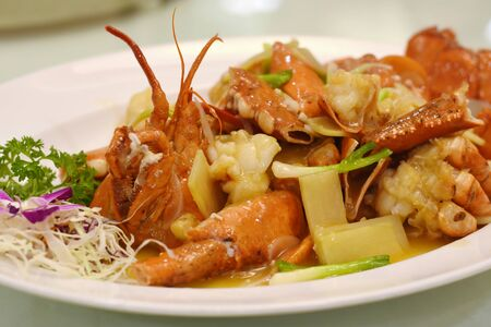 Photo pour lobster fried with gravy chinese food - image libre de droit