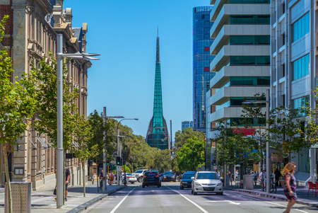 Foto de street view of perth with swan bell tower - Imagen libre de derechos