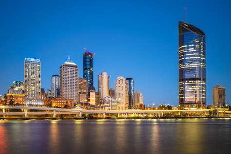 Foto für skyline of Brisbane at night, capital of Queensland, Australia - Lizenzfreies Bild