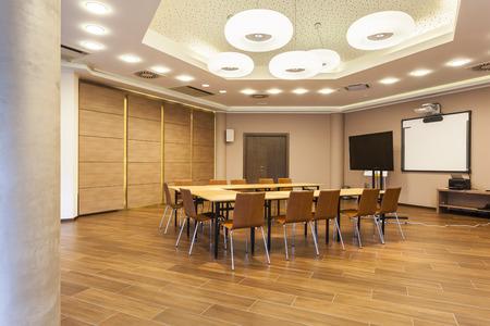 Photo pour Interior of a modern conference room - image libre de droit