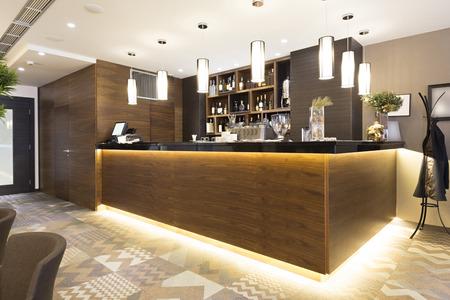 Photo pour Bar in a restaurant - image libre de droit