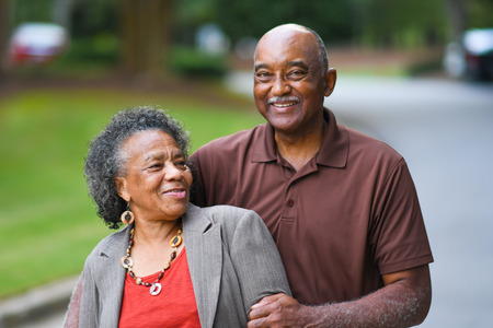 Foto de Elderly African American Man and woman posing together - Imagen libre de derechos