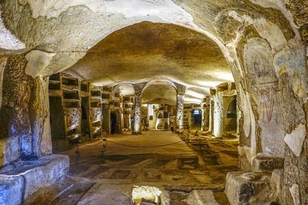 Photo pour A panoramic view of the catacombs of San Gennaro, Naples, Italy. - image libre de droit