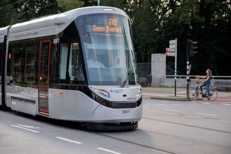 Photo pour New Tram At Amsterdam The Netherlands 11-9-2020 - image libre de droit