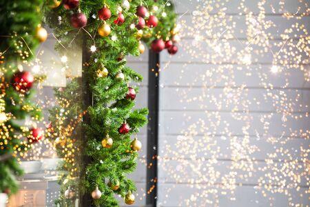 Photo pour Christmas balls decoration on fir tree - image libre de droit
