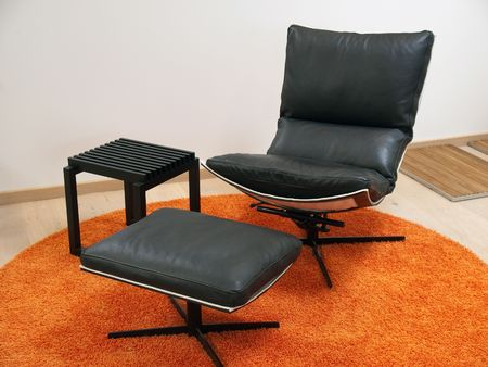 Modern Scandinavian design leather recliner chair