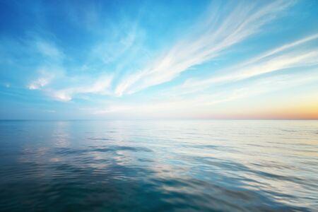 Photo pour Sky background and water reflection. Element of design. - image libre de droit