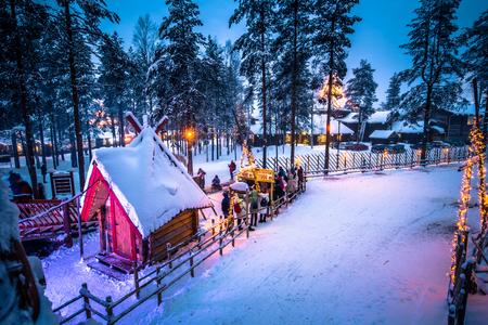 Photo pour Rovaniemi - December 16, 2017: Santa Claus village of Rovaniemi, Finland - image libre de droit