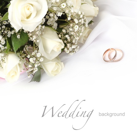 Foto für wedding rings and roses bouquet - Lizenzfreies Bild