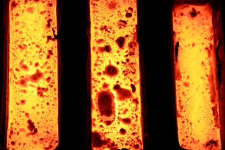 Photo pour Foundry - molten metal in mould - leftover - image libre de droit