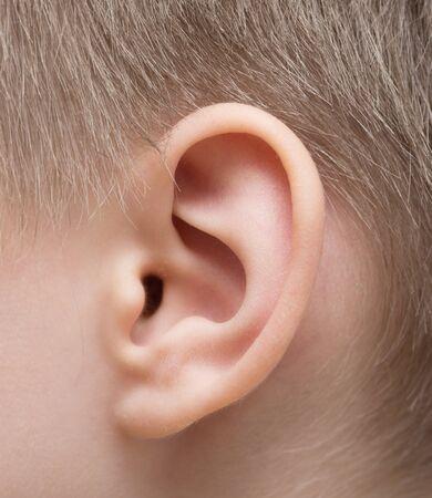 Photo pour Close up shot of child ear - image libre de droit