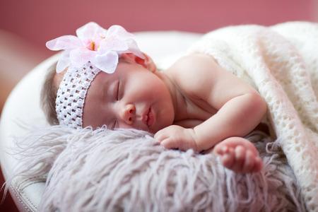 Photo pour Baby is sleeping - image libre de droit