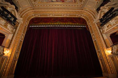 Photo pour Lviv, Ukraine - March 4, 2021: Lviv opera house interior - image libre de droit