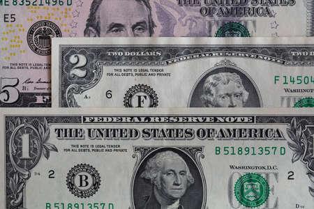 Photo pour 1, 2, 5 US dollar banknotes for design purpose - image libre de droit