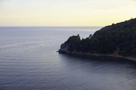 Photo pour view of mull into the sea - image libre de droit