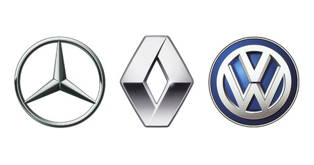 Photo pour Kiev, Ukraine - November 09, 2017: Collection of popular car logos printed on white paper: Mercedes Benz, Volkswagen and Renault - image libre de droit
