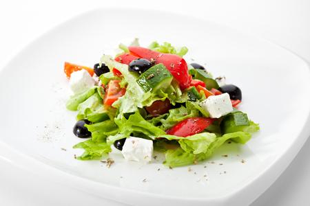 Foto de Greek Salad (Feta Cheese,  Olive and Vegetables) - Imagen libre de derechos