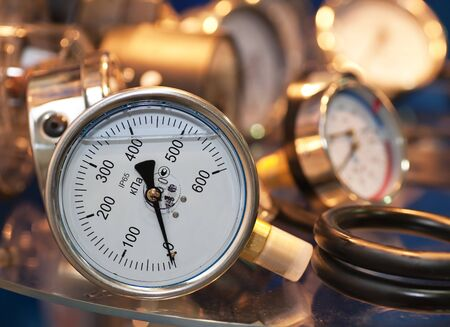 Manometric Thermometer, pressure sensor closeup