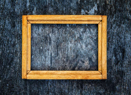 Photo pour Old Wooden Frame on the Grunge Background closeup - image libre de droit