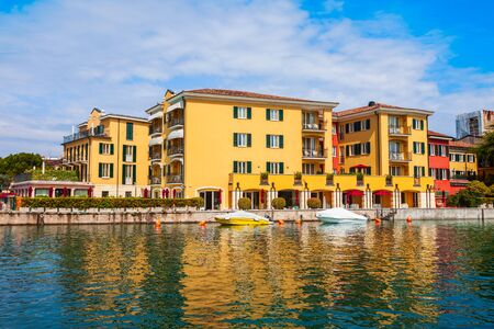 Foto für Colorful houses in the historical center of Sirmione town at the Garda Lake in Italy - Lizenzfreies Bild