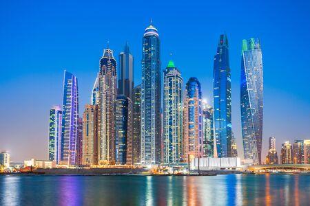 Photo pour Dubai Marina is an artificial canal city and a district in Dubai in UAE - image libre de droit