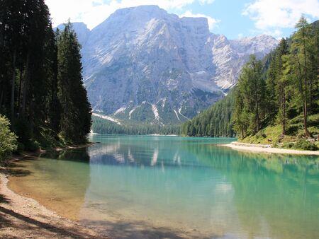 Photo pour Braies alpine lake South Tyrol Dolomites Italy - image libre de droit