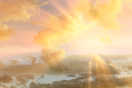 Photo pour Sunset , sunrise with clouds, light rays and other atmospheric effect - image libre de droit