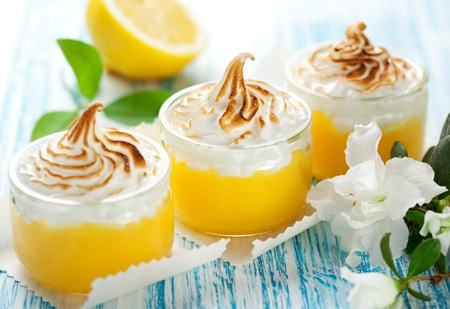 Lemon curd dessert with meringue topping