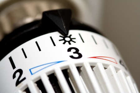 Heater thermostat at sun