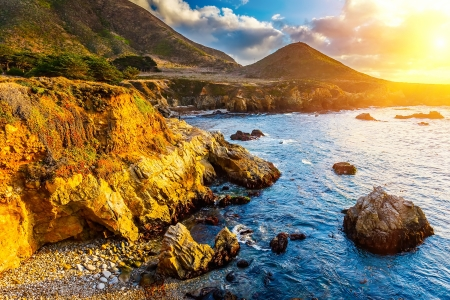 Pacific Ocean coast, California, USA