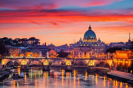 Foto für Night view of St. Peters cathedral and Tiber river in Rome, Italy - Lizenzfreies Bild