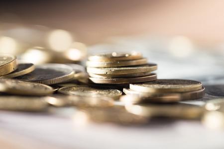 Photo pour coins and dollars - image libre de droit