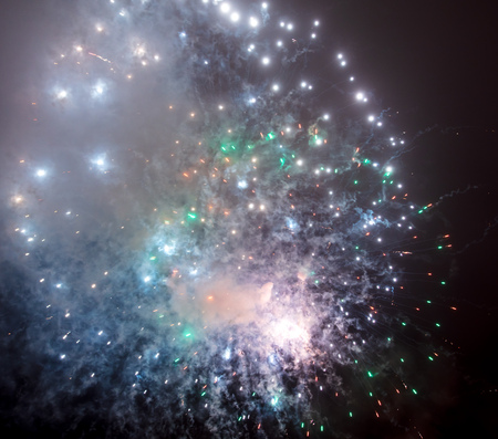 Photo pour Beautiful sparks from fireworks in the sky at night. - image libre de droit