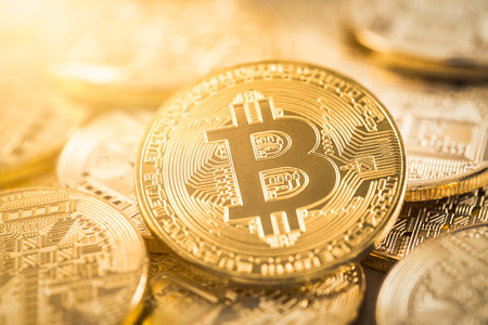 Photo pour Bitcoin gold coin. Cryptocurrency concept. Virtual currency background. - image libre de droit