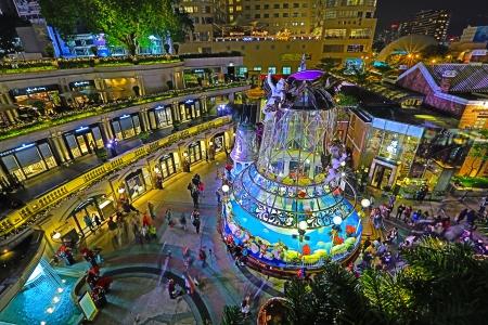 HONG KONG - DECEMBER 25  Crowds gather at 1881 Heritage or former Marine Police Headquarters market square for Christmas Celebrations on December 25 n Hong Kong