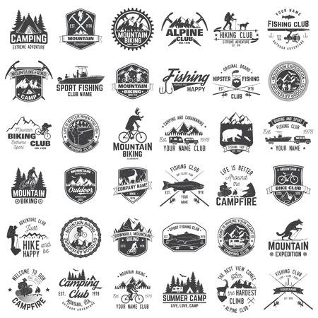 Illustration pour Set of extreme adventure badges. Concept for shirt or logo, print, stamp or tee. - image libre de droit
