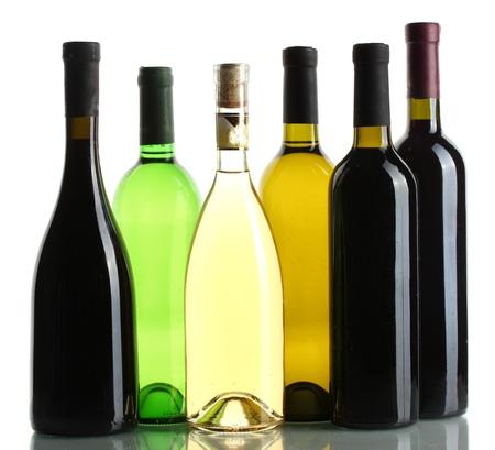 Photo pour bottles of wine isolated on white - image libre de droit