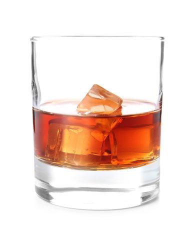Foto de Glass of whiskey on white background - Imagen libre de derechos