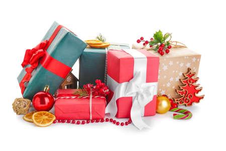 Photo pour Beautiful Christmas gifts on white background - image libre de droit