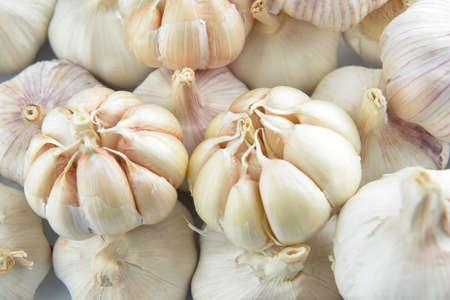 Foto für Heap of fresh garlic, closeup - Lizenzfreies Bild