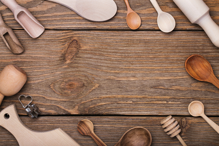 Photo pour Set of kitchen utensils on the table with space for text, top view - image libre de droit