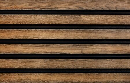 Photo pour Smooth wooden horizontal guides with a pronounced texture are symmetrically located relative to each other. - image libre de droit