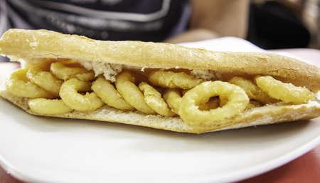 Photo pour Typical Spanish lunch or tapas, healthy Mediterranean food - image libre de droit