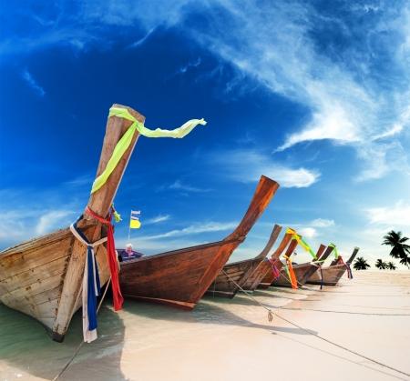 Photo pour Tropical island landscape background  Thailand beach - image libre de droit